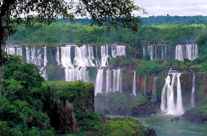 les-chutes-Iguacu