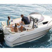 Partez à la découverte de la Corse en louant un bateau à des particuliers