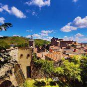 Séjourner à l'Hôtel de la Villeon pour découvrir la région Auvergne-Rhône-Alpes