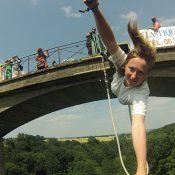 Vivre une expérience inoubliable en faisant du saut à l'élastique proche de Paris