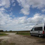 Partir en voyage à la campagne avec un fourgon aménagé